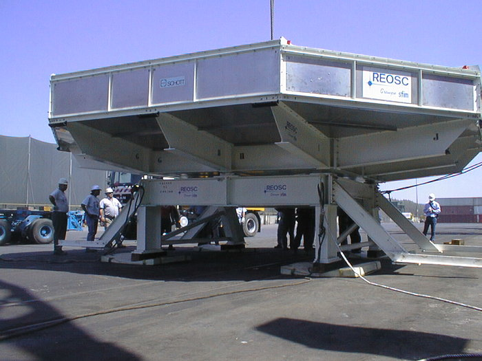 8.2-m VLT Mirror Rests on Chilean Ground