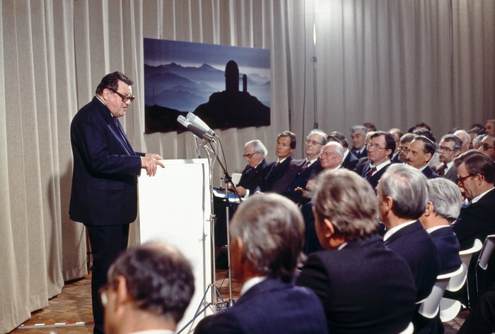 Franz-Josef Strauss during ESO HQ inauguration