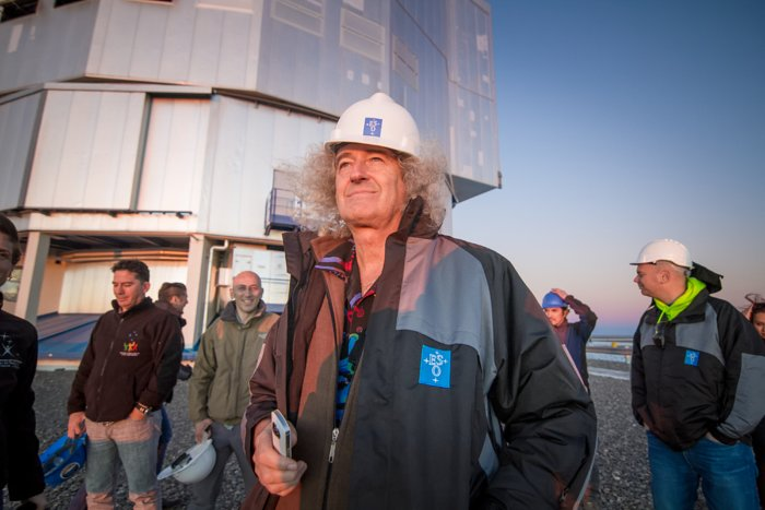 Brian May on the site of the Very Large Telescope