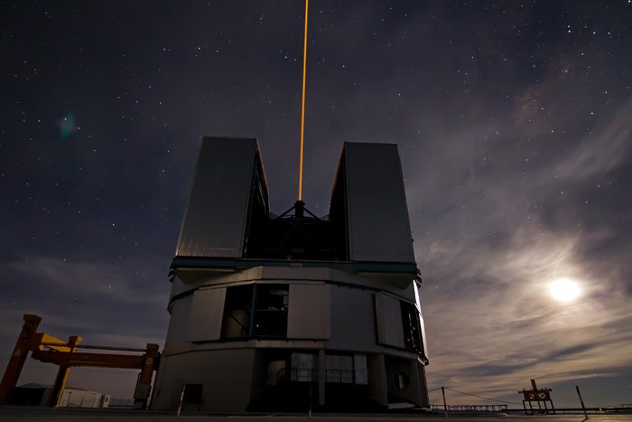The telescope, The laser and the Moon