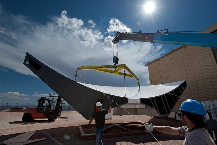 Assembling an ALMA antenna reflector