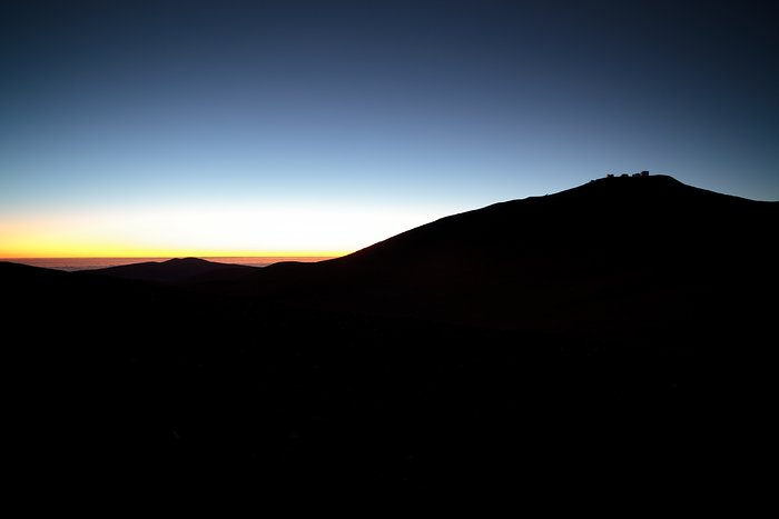 Paranal in the edge of the day