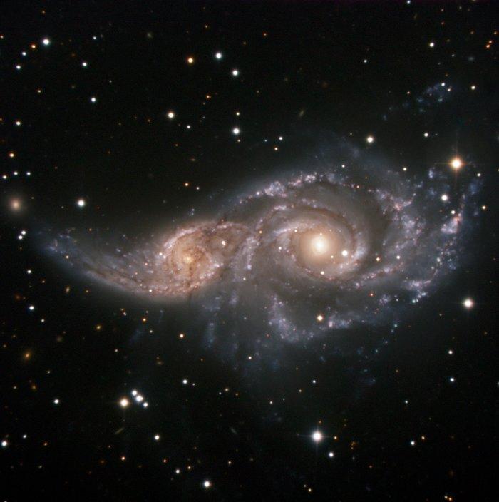 Un Abrazo Cósmico