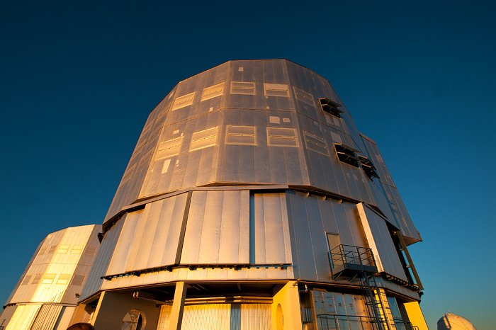 The Very Large Telescope