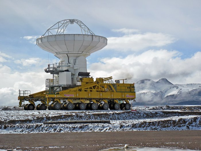 Snow visits the ALMA site*