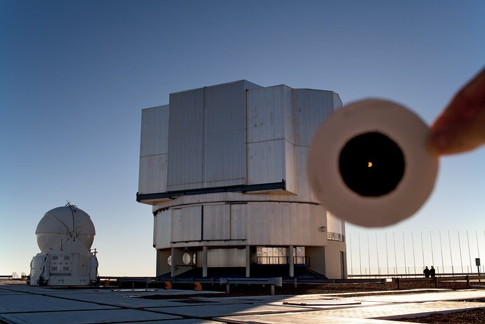 Partial solar eclipse over  the  VLT