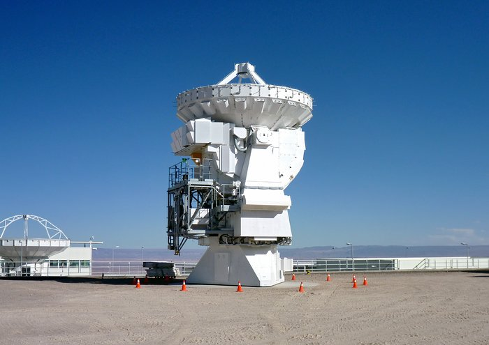 First 7-metre ALMA Antenna Handed Over to Observatory