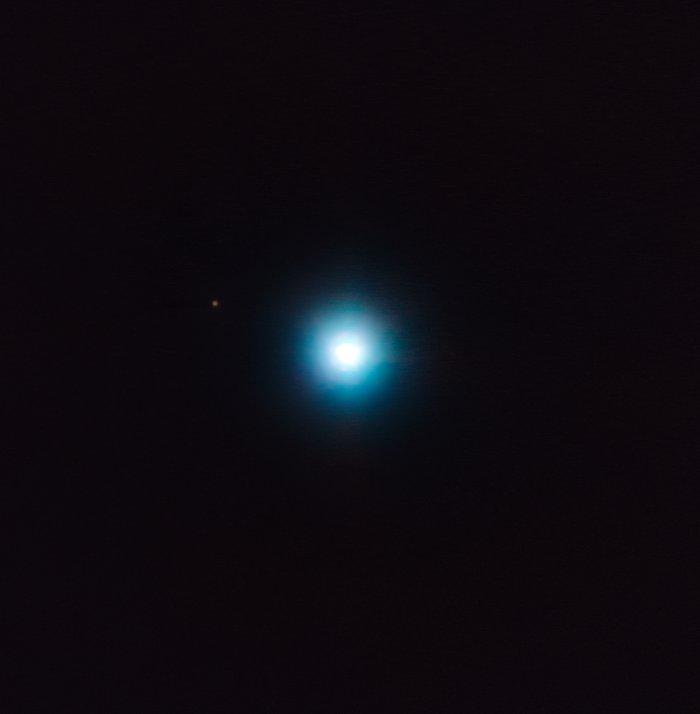 O VLT fotografa um exoplaneta exótico