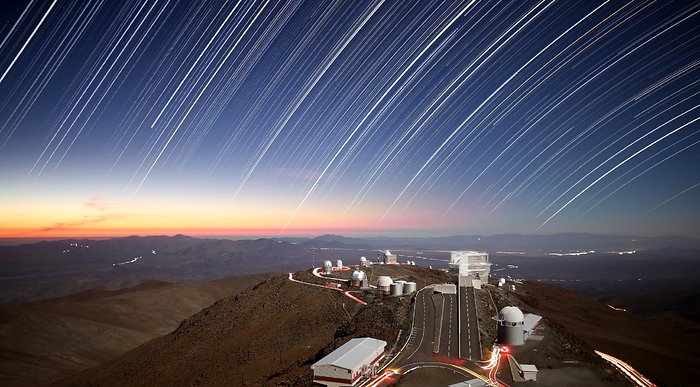 Twilight rays at La Silla