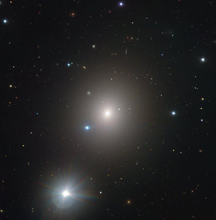 Eine Galaxie schnappt nach Luft