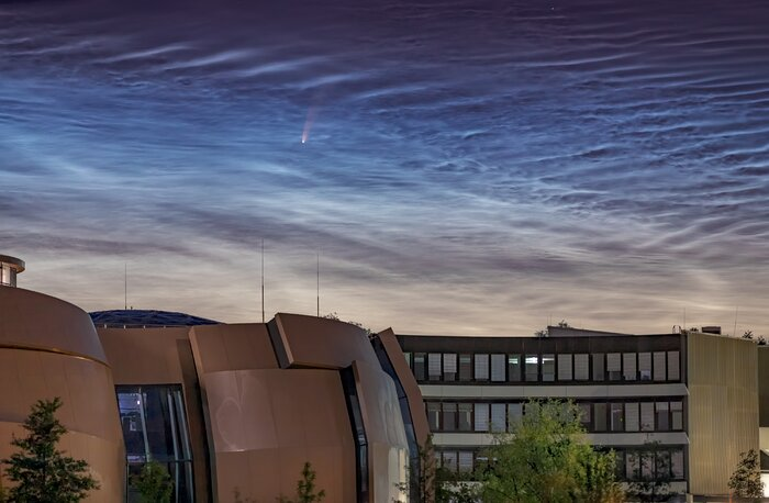 Comet NEOWISE Spotted above ESO Headquarters