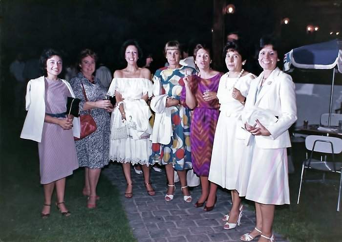 Ladies participating in the ESO end of the year celebration in 1984