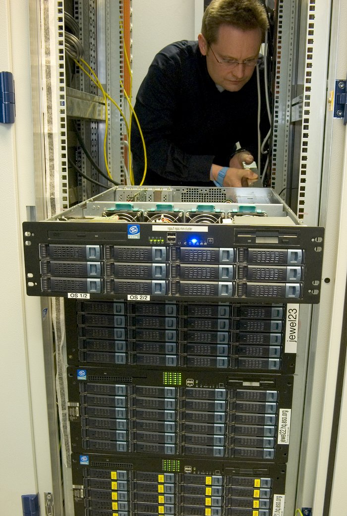 Science Archive Data Rack