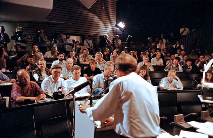 Auditorium during comet Shoemaker–Levy 9 symposium, July 1994.