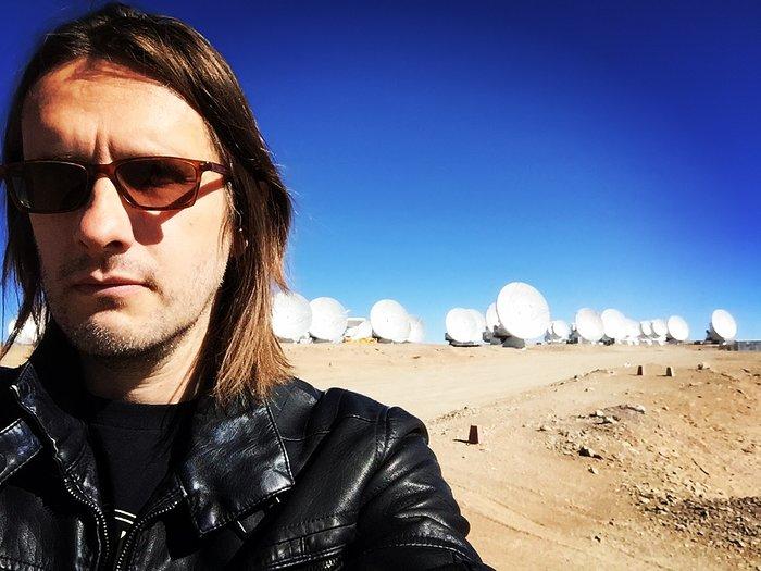 Steven Wilson visita os Observatórios do Paranal e do ALMA