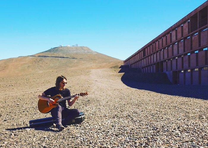 Steven Wilson films at Paranal