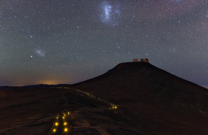 Ultra HD Expedition day 3 - Small and Large Magellanic clouds above the VLT