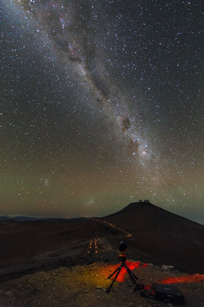 Ultra HD Expedition day 5: starry night over the VLT