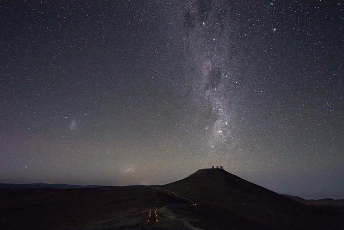 Milky Way points down to Cerro Paranal