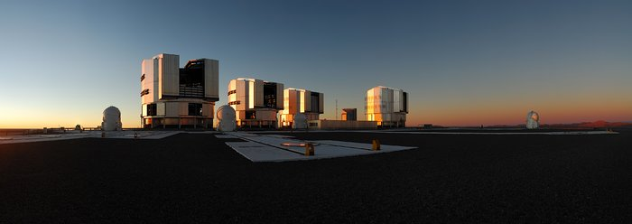 Pôr do Sol no Paranal