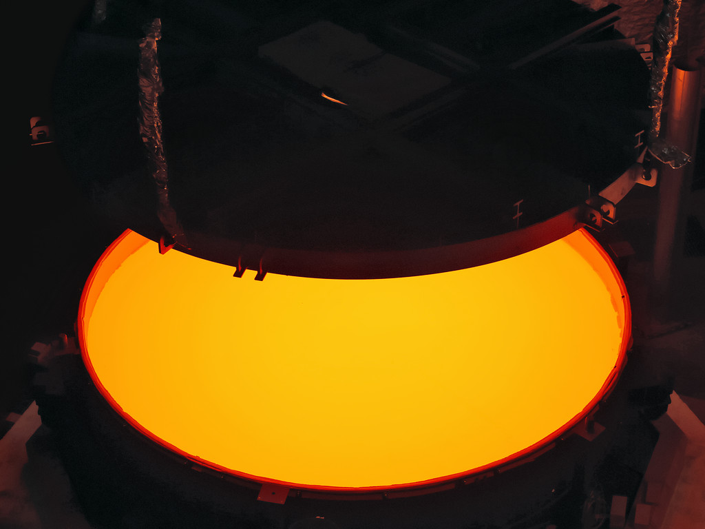 Elt Secondary Mirror Blank Successfully Cast Eso