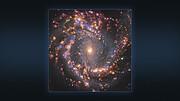 Многоцветные изображения галактики NGC 4303, полученные на VLT и на ALMA