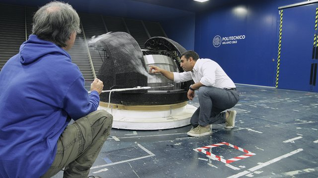 ELT testing in a wind tunnel