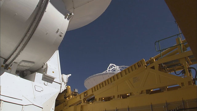 Relocation of an ALMA AEM antenna to the OSF (part 17, time-lapse)