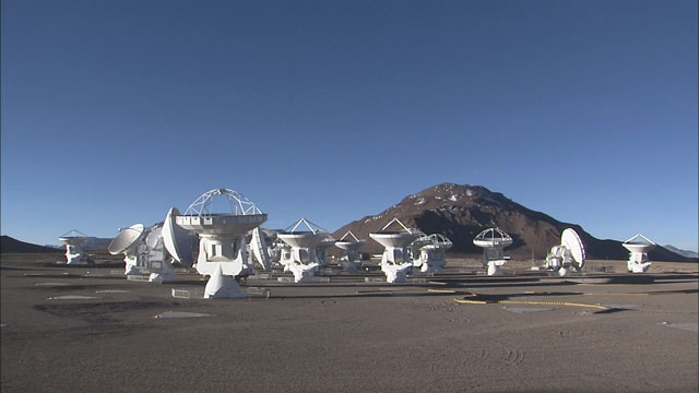 Time-lapse sequence of ALMA antennas at Chajnantor (part 7)