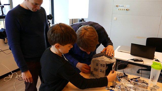 Modifiche di uno degli Unit Telescope in LEGO®