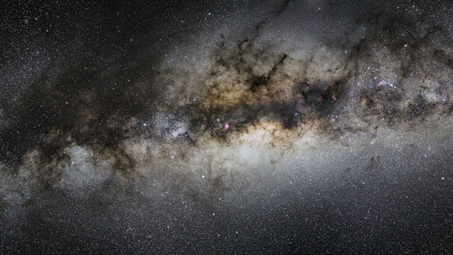 Acercamiento a la imagen de la Nebulosa de la Laguna (Messier 8) tomada por VISTA