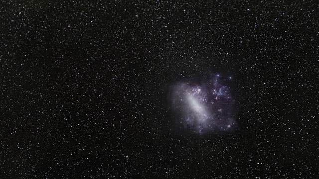 Zooming in on the brilliant star VFTS 682 in the Large Magellanic Cloud