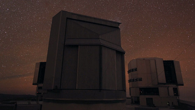 Time-lapse sequences of the VST enclosure at night