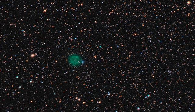 Zoom sulla nebulosa planetaria IC 1295