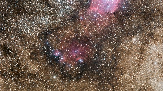 Zoom auf die Sternentstehungsregion NGC 6559
