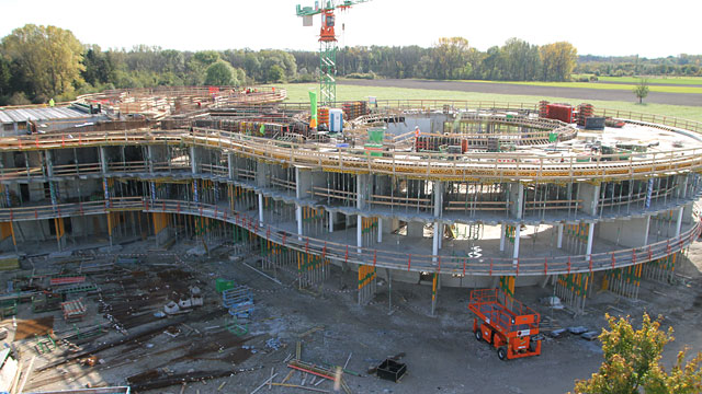 Time-lapse video sequence showing the construction of the ESO Headquarters extension