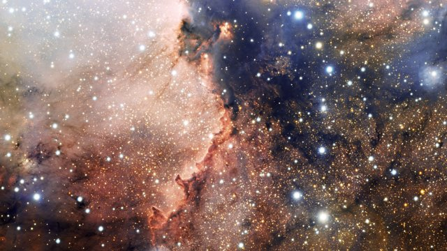 Close-up view of the star cluster NGC 6193 and nebula NGC 6188