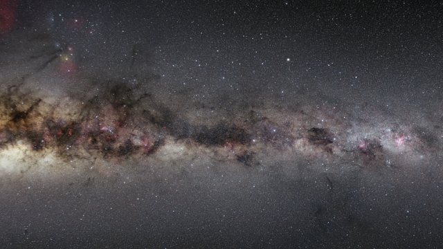 Zooming in on Nova Centauri 2013