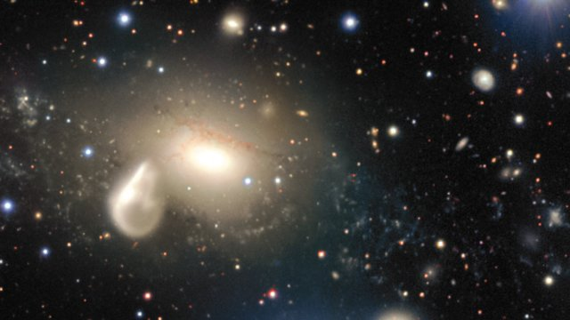 Close-up view of the surroundings of the interacting galaxy NGC 5291