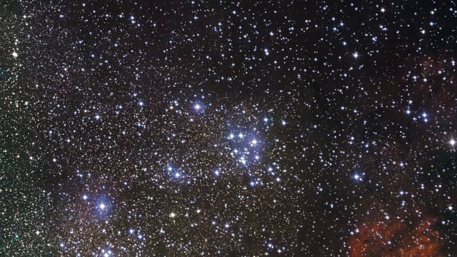 Zooming in on the star cluster Messier 18