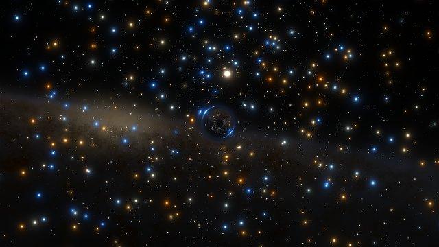 Animación de una ilustración que representa al sistema binario con agujero negro en NGC 3201
