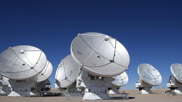 ESOcast 216 Light: ALMA lichtet den schönen Ausgang des Kampfes zweier Sterne ab