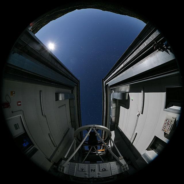 Telescopio Nazionale Galileo fulldome time-lapse