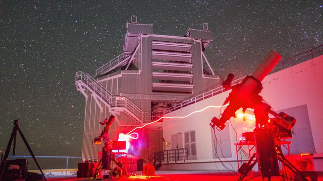 A night of stargazing at the New Technology Telescope