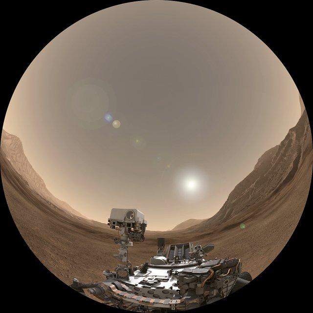 Curiosity rover landing fulldome