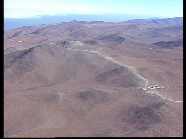 Paranal aerial view1995a