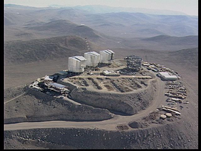 Paranal aerial view 1997b