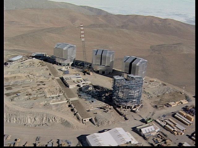 Paranal aerial view1997c
