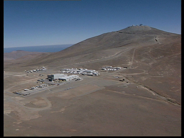 Paranal aerial view1998a