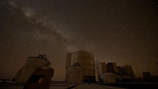 Paranal time-lapse 2012e